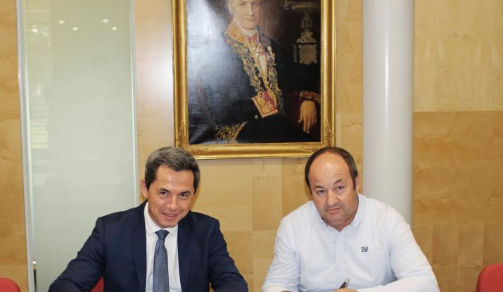 Ciments bas carbone : signature du partenariat entre Vicat et la start-up bourguignonne 2170.