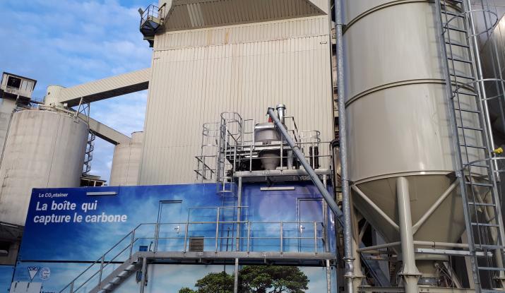 Container Carbon8 Systems dans la cimenterie Vicat de Montalieu